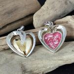 Prachtige hanger in hart vorm geschikt voor asresten. €450,-