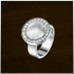 Sieraad nr. 409 S Zilveren ring €325,-